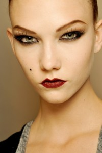jeanpaulgaultierfall 200x300 Autumn/Winter 09/10 Trend: Sharp Lips