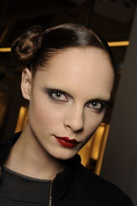 yslfall2 200x300 Autumn/Winter 09/10 Trend: Sharp Lips