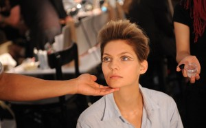 Trias+Backstage+Spring+2010+MBFW+ILO69grNdYml 300x186 New York Fashion Week Spring 2010  Last Day!