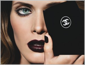 chanel black 300x228 Autumn/Winter 09/10 Trend: Black Lips