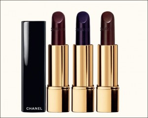 chanel lipstick 300x239 Autumn/Winter 09/10 Trend: Black Lips