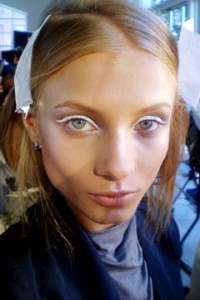 donna karan beauty spring 2010 240rb091409 200x300 New York Fashion Week Spring 2010  Day 5