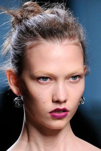 botegavenetamilan1 200x300 Spring/Summer 2010 Trend: Bleached Eyebrows