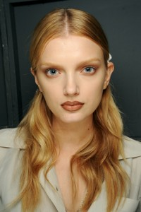 givency 200x300 Spring/Summer 2010 Trend: Bleached Eyebrows