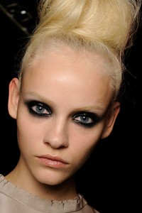 lanvin paris 200x300 Spring/Summer 2010 Trend: Bleached Eyebrows