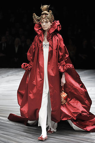 alexander mcqueen fall winter 2008 2009 dress RIP Alexander McQueen