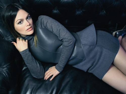 10xro07 Exclusive Get the Look: Rachel Bilson's InStyle UK Nails