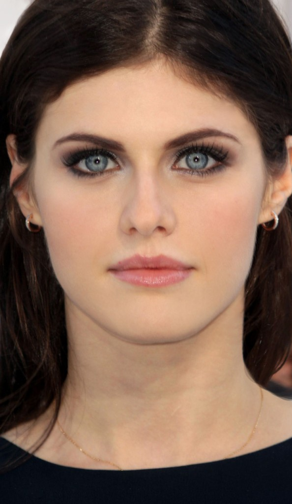 AlexandraVMAs 594x1024 New Work: Alexandra Daddario at the VMAs