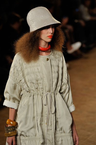 Marc+Marc+Jacobs+Runway+Spring+2011 Orange Lips are Here to Stay!