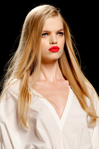 Fendi Spring/Summer 2011 Trend: Bold Lips