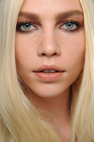 Chloe2 Paris Fashion Week A/W 2011 Beauty Roundup