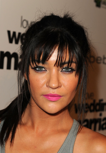 Celebrity Makeup Trend Spring Summer 2011 Hot Pink Lips