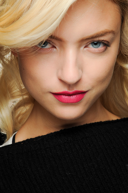 DianeVf Magenta Lips at Diane Von Furstenberg Fall 2013